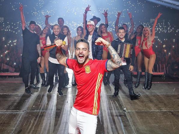 Малума в футболке сборной Испании. Фото instagram.com/maluma