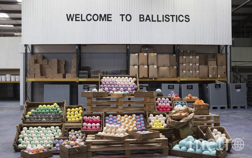 Цех по производству бомбочек. Фото Предоставлено Lush