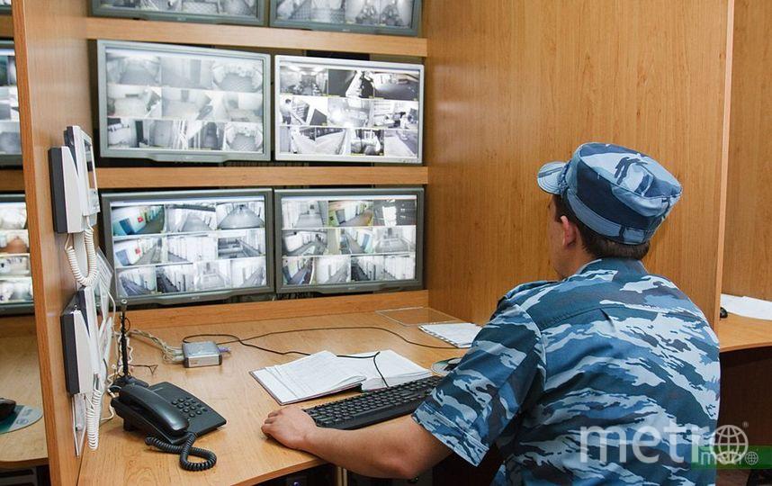 Неизвестные в масках устроили стрельбу в банке на севере Москвы. Фото Василий Кузьмичёнок