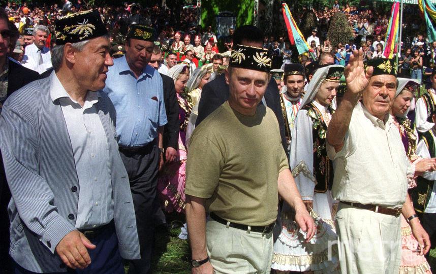 Владимир Путин и президент Татарстана Ментимир Шаймиев, 2000 год. Фото Getty