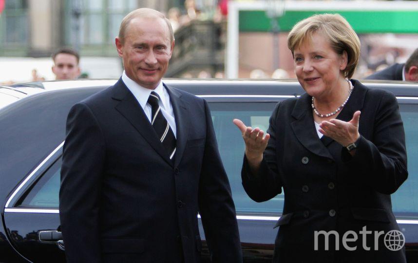 Канцлер Германии Ангела Меркель и  Владимир Путин в 2006 году. Фото Getty