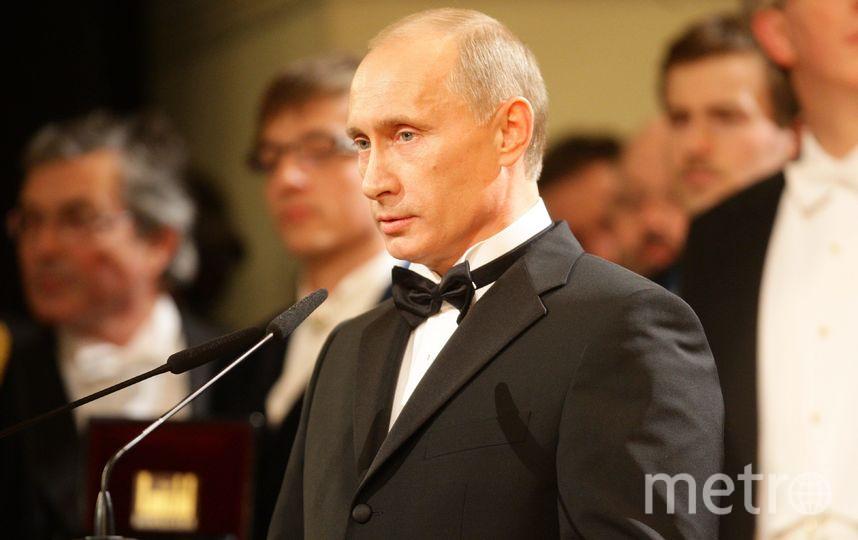 Владимир Путин (в должности премьер-министра РФ) на балу в «Семпер-опера» 16 января 2009 года в Дрездене, Германия. Фото Getty