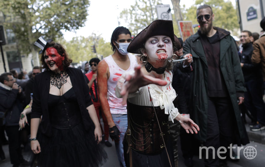 """""""Зомби-парад"""" в Париже. Фото AFP"""