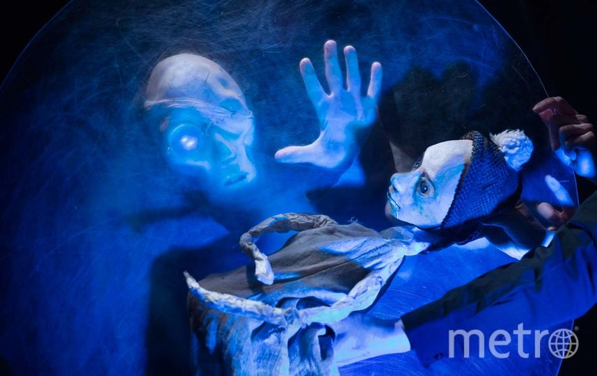 """Сцена из спектакля «Железное кольцо». Фото предоставлены театром """"Балтийский дом"""""""