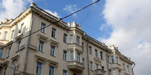 Дом, где жил Шухов.