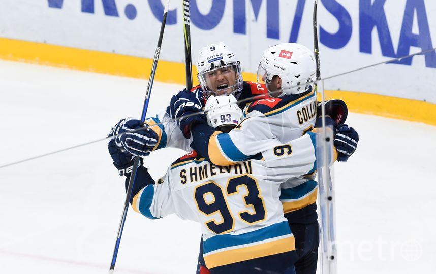 "Хоккеисты ""Сочи"" празднуют победу. Фото photo.khl.ru/Сергей Федосеев"