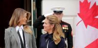 Дело в галстуке: Мелания Трамп вышла за пределы политического дресс-кода