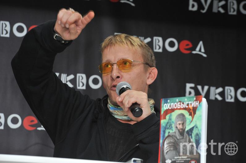 Иван Охлобыстин пообщался с поклонниками и СМИ.