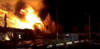 Крупный ТЦ сгорел дотла в подмосковном Чехове