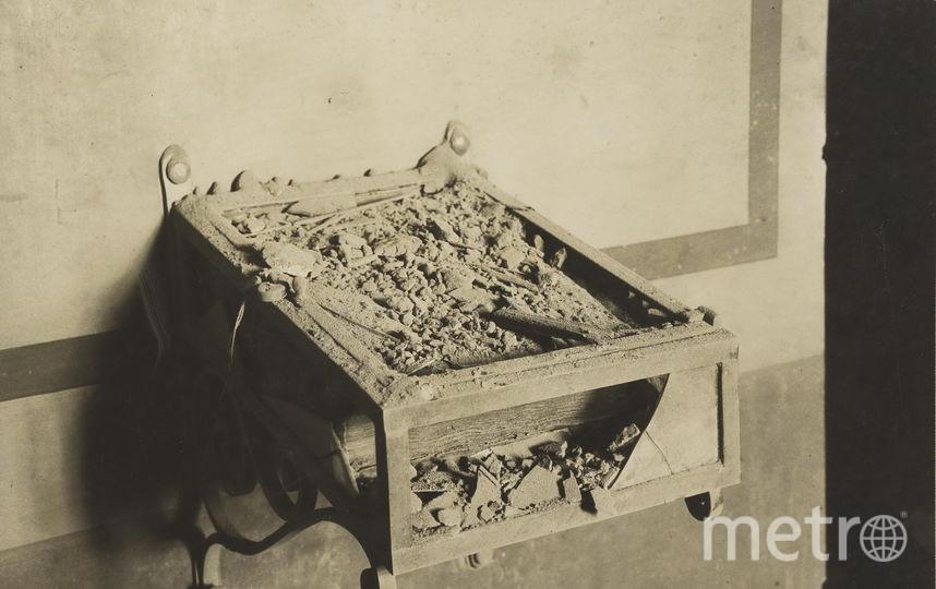 """Фото из издания """"Московский кремль после артиллерийского обстрела осенью 1917 года"""". Фото предоставлено пресс-службой Музеев Московского Кремля"""