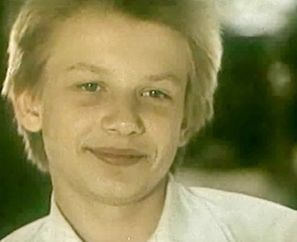 """Дмитрий Марьянов. Фото Кадр из фильма """"Выше радуги"""", скриншот Youtube."""