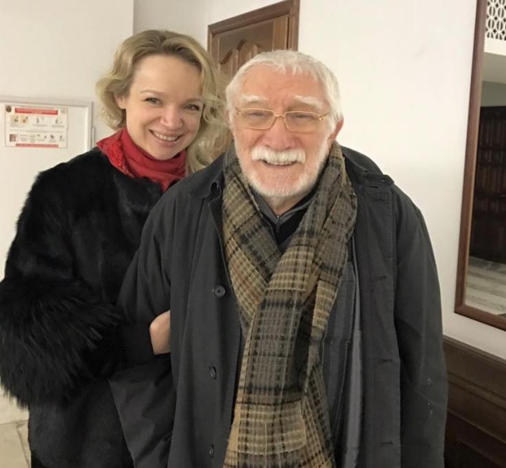 Виталина с Арменом Джигарханяном. Фото https://www.facebook.com/vitalina.romanovskaya?fref=mentions