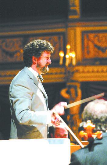 Камерный оркестр Театра Джузеппе Верди. Фото предоставлены организаторами, Instagram, Getty