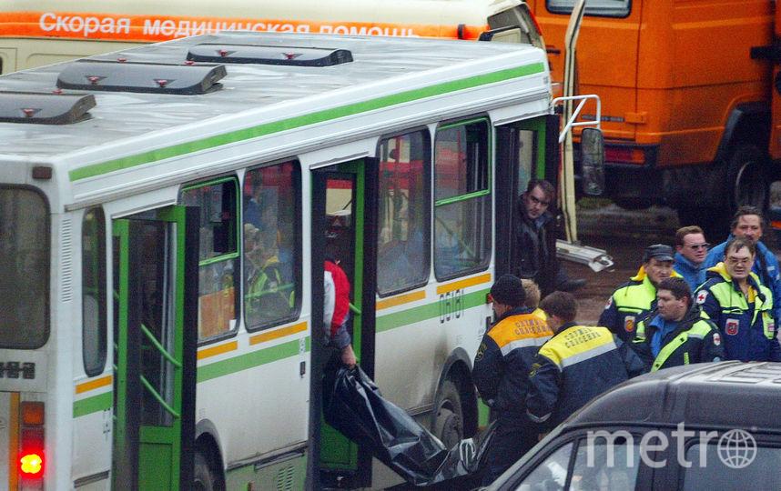 В шоковом состоянии пострадавших эвакуировали в автобусы. Фото Getty