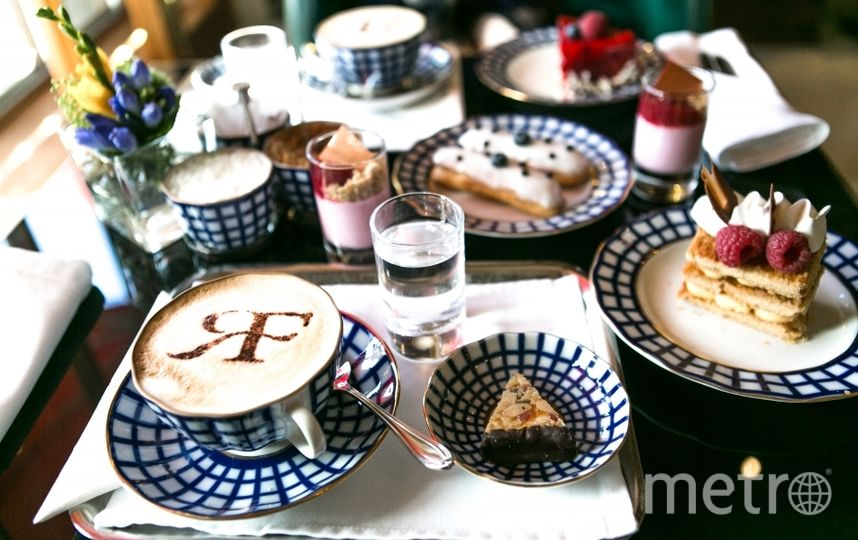 "Лучший десерт – ""Флорентайн"" в консервативной ""Астории"". Фото http://best-restaurant.sobaka.ru"
