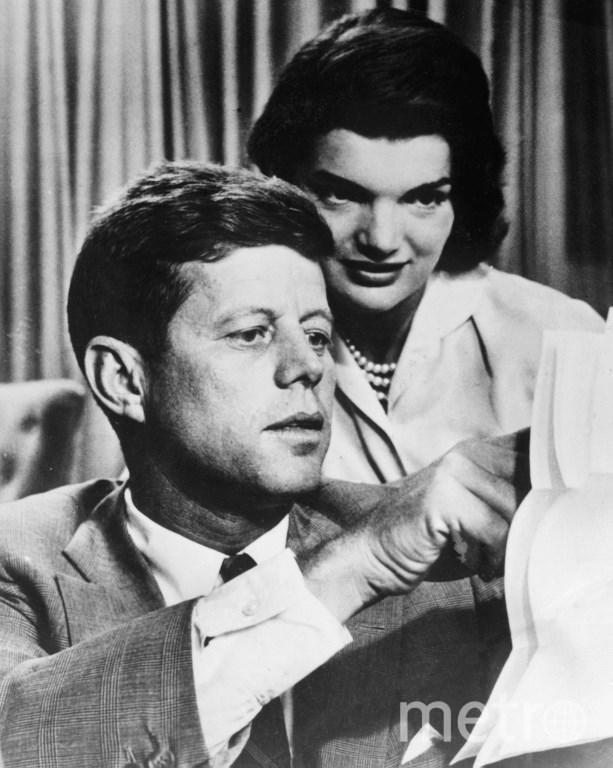 35-ый президент США Джон Кеннеди с женой Жаклин. Фото AFP