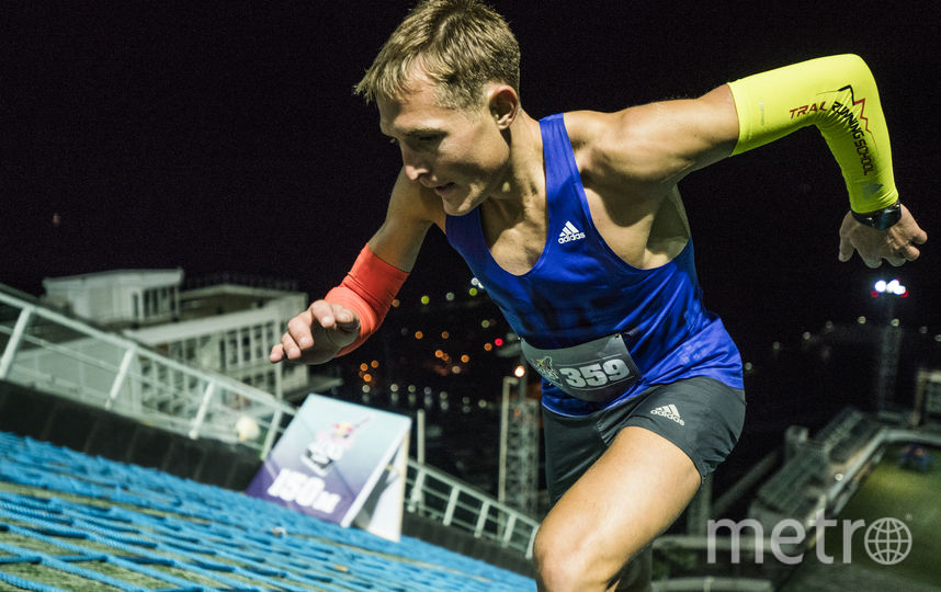 Дмитрий Митяев оказался сильнее всех в экстремальном забеге среди мужчин. Фото redbullcontentpool.com