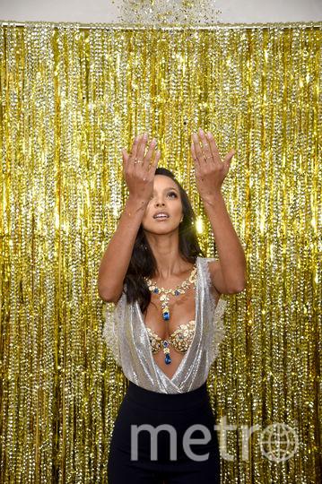 Лаис Рибейро и Champagne Nights Fantasy Bra. Фото Getty