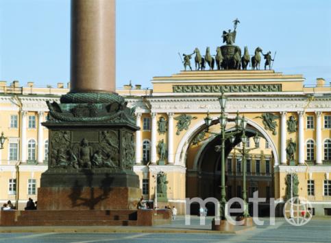 Солнце в ноябре в Петербурге - редкость.