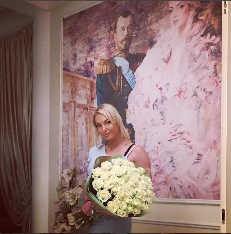 Анастасия Волочкова. Архив. Фото  instagram.com/volochkova_art