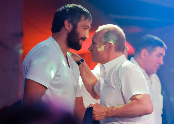 Владимир Путин и Александр Овечкин. Фото Instagram/ aleksandrovechkinofficial