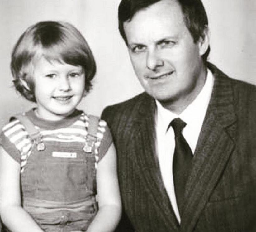 Ксения Собчак с отцом - фотоархив.