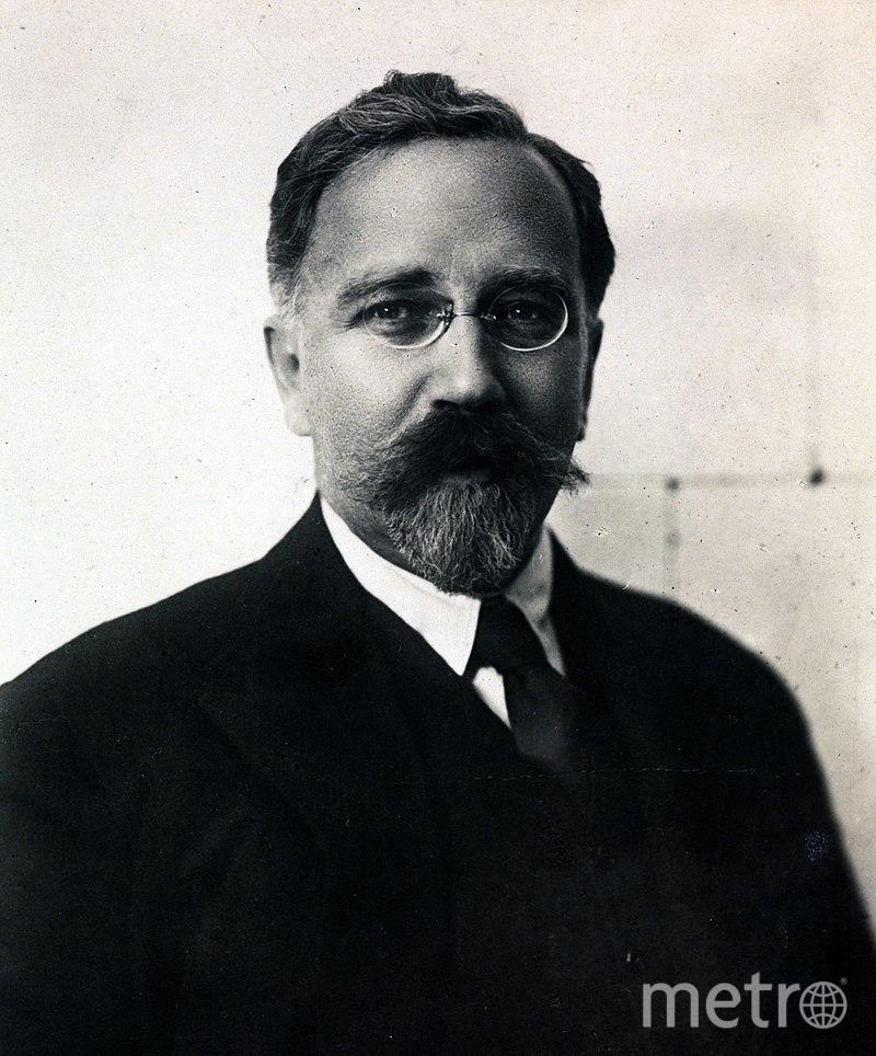 Лев Розенфельд.