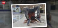 Пакистанский мальчик поворачивает голову на 180 градусов