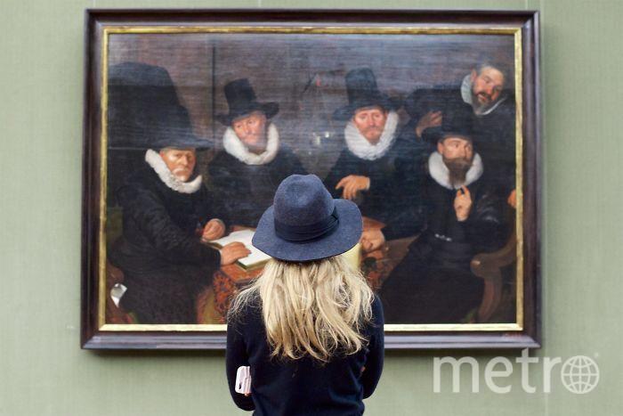 "Проект ""People matching artworks"". Фото Suistudio"