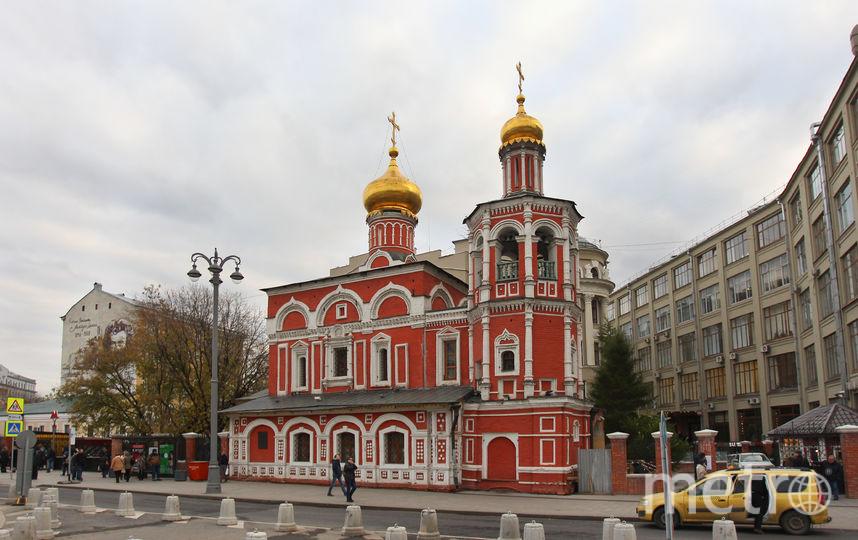 Славянская площадь, д. 2. Фото Василий Кузьмичёнок