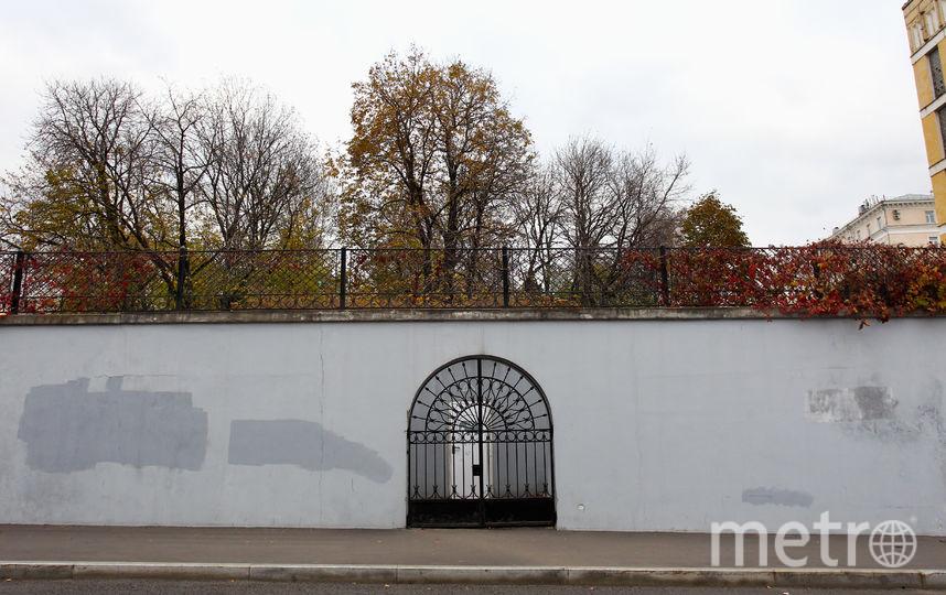 Большой Трёхсвятительский переулок, владение 1. Фото Василий Кузьмичёнок