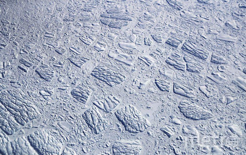 NASA узнало причину таяния антарктических льдов. Фото Getty