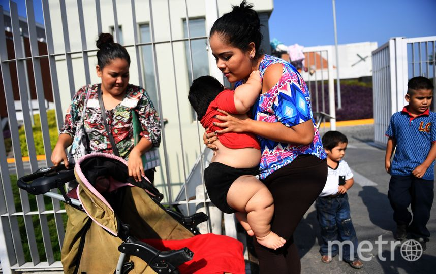 Луис Гонзалес и его мать Изабель Пантоя. Фото AFP