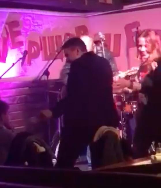 Надежда Савченко на танцполе в городе Ирпень. Фото Скриншот Facebook