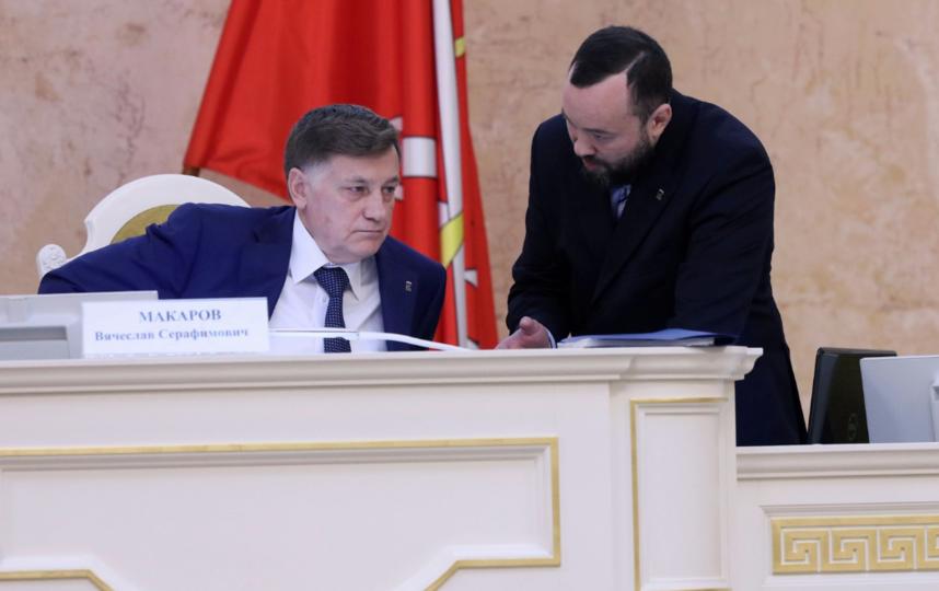 Анохин - справа. Фото assembly.spb.ru