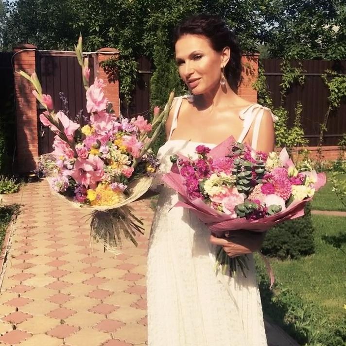 Фото Эвелины Блёданс с мужем взорвали Instagram. Фото Скриншот Instagram: bledans