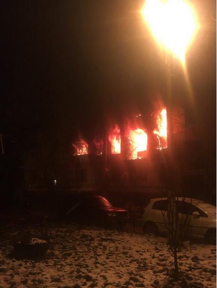 Пожар в жилом доме в Химках. Фото vk.com/tipkhimki