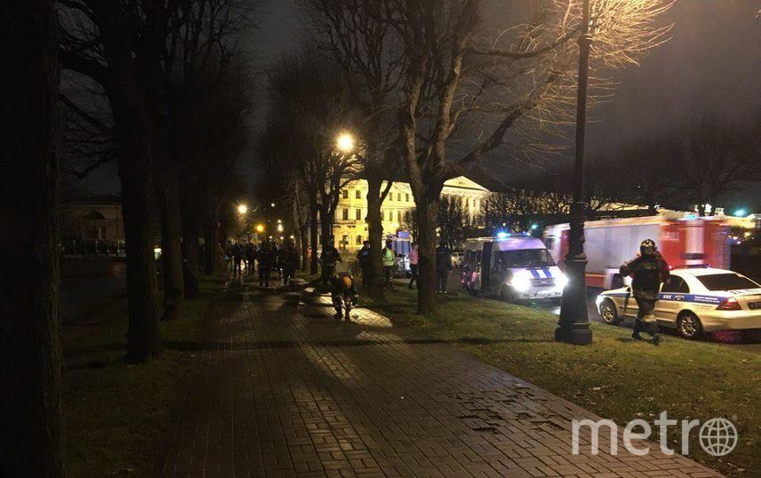 Водитель и его пассажир получили переохлаждение легкой степени и были доставлены в Мариинскую больницу. Фото vk.com