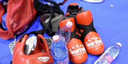 Боксёр нокаутировал соперника первым ударом – видео