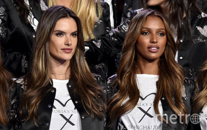 Накануне показа шоу Victoria's Secret. Алессандра Амбросио и Жасмин Тукс. Фото Getty