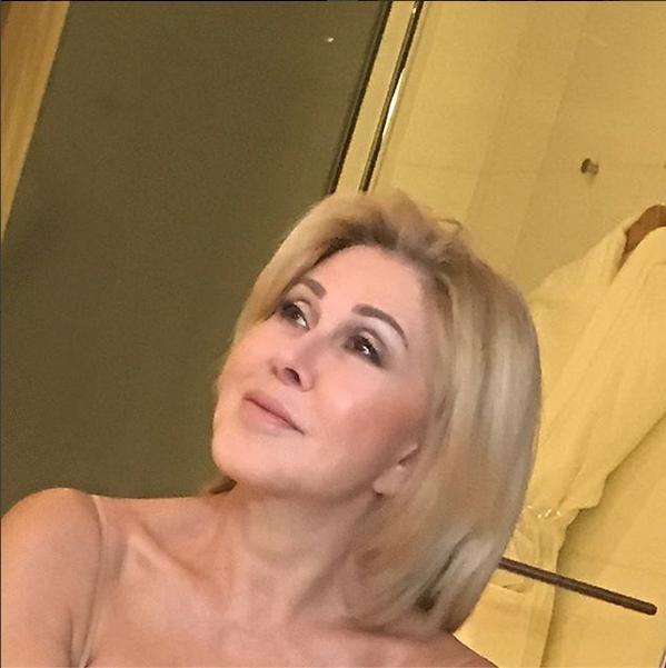 Любовь Успенская открыла элитный караоке-бар