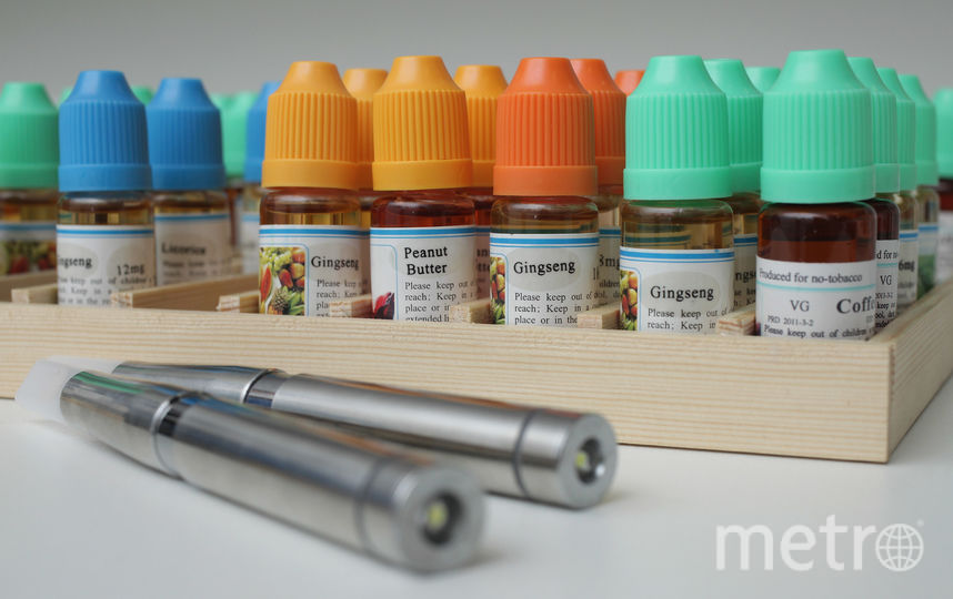 Жидкости для электронных сигарет. Фото Getty