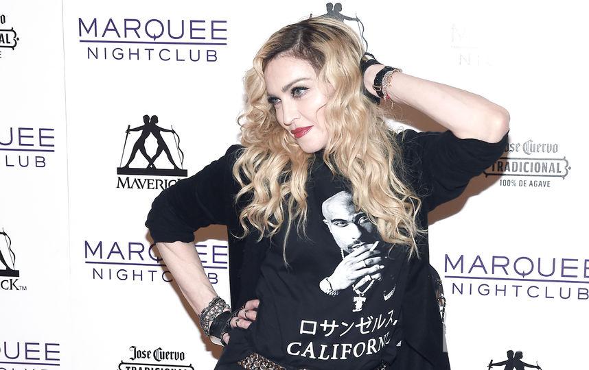Кадры обнаженной 18-летней Мадонны продадут смолотка