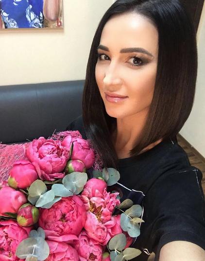 Телеведущая и певица Ольга Бузова. Фото www.instagram.com/buzova86
