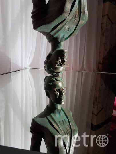 Скульптура Ксении Собчак. Фото Василий Кузьмичёнок