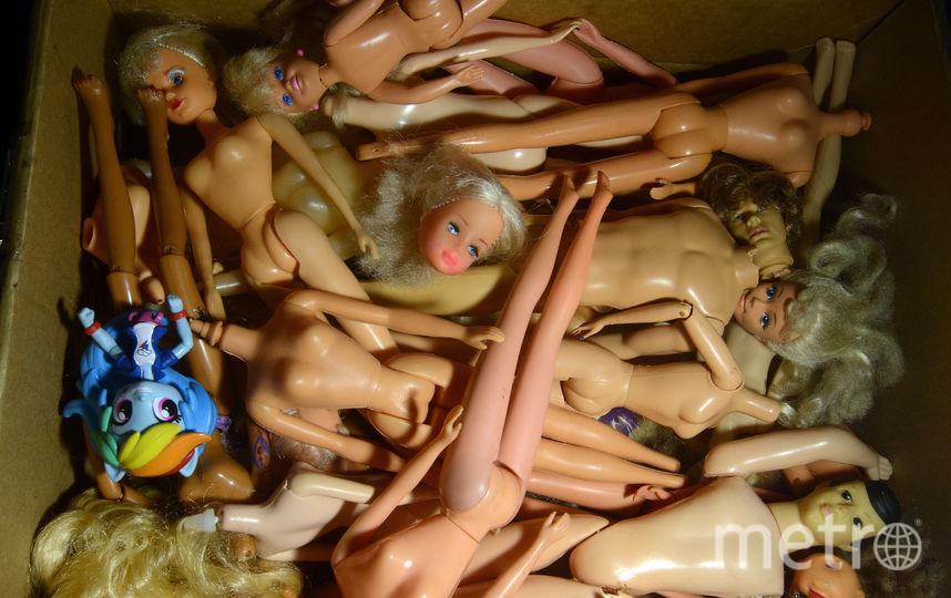 Елена Пальм реставрирует кукол. Фото все - Елены Пальм