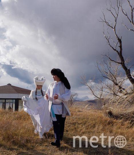 """Шаманы считают место вокруг каменного божества Хуртуях Тас энергетическим. Фото Алена Бобрович, """"Metro"""""""