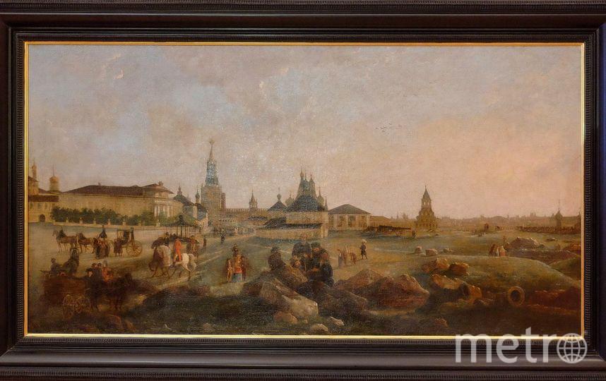 """222  года назад так выглядела площадь между колокольней Ивана Великого и Спасской башней внутри Кремля – самое древнее место Москвы. Фото """"Metro"""""""
