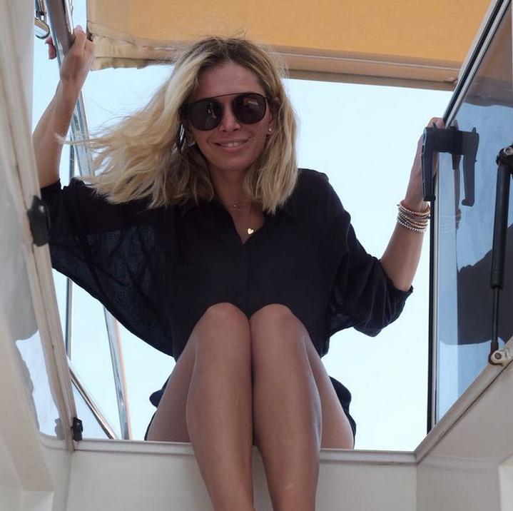 Фото Веры Брежневой с глубоким декольте покорило Instagram. Фото Скриншот Instagram: ververa