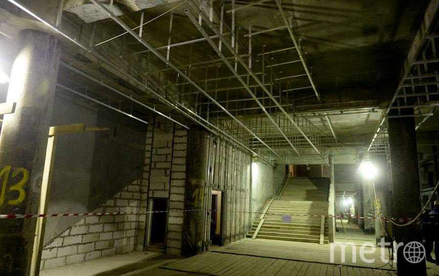 Чиновники проинспектировали строительство новых станций.
